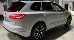 Volkswagen Touareg Комплектация Business Elegance 2021 года за 29 827 000 тг. в Тараз – фото 5