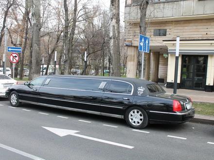 Lincoln Town Car 2007 года за 4 000 000 тг. в Алматы – фото 7