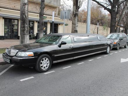 Lincoln Town Car 2007 года за 4 000 000 тг. в Алматы – фото 9