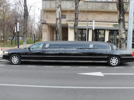 Lincoln Town Car 2007 года за 4 000 000 тг. в Алматы – фото 11