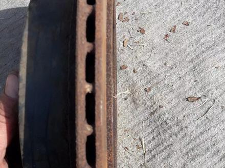 Задний тормозной диск на Трибеку за 6 500 тг. в Алматы – фото 2