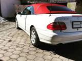 Mercedes-Benz CLK 320 2000 года за 2 500 000 тг. в Караганда – фото 2