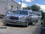 Mercedes-Benz E 230 1996 года за 2 400 000 тг. в Семей – фото 4