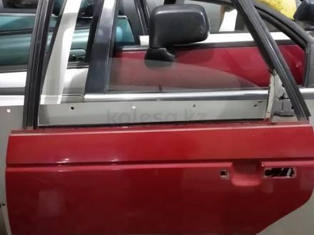Дверь задняя левая на WV пассат в3 (седан) за 5 000 тг. в Караганда
