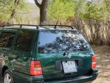 Volkswagen Golf 1998 года за 2 900 000 тг. в Алматы – фото 4