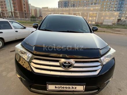 Toyota Highlander 2011 года за 9 000 000 тг. в Нур-Султан (Астана)