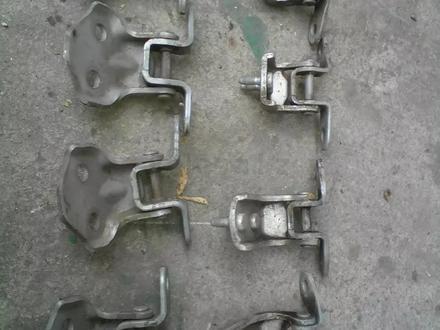 Петли дверные за 5 000 тг. в Алматы