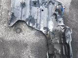 Тойота Ипсум защита двигателя б/у оригинал за 10 000 тг. в Алматы – фото 2