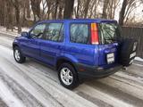 Honda CR-V 2000 года за 3 950 000 тг. в Алматы – фото 2