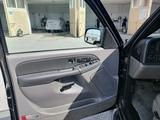 Chevrolet Tahoe 2003 года за 3 500 000 тг. в Костанай – фото 3