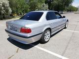 BMW 728 1999 года за 4 200 000 тг. в Талдыкорган – фото 2
