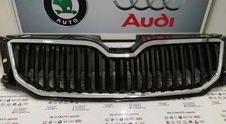 Решетка радиатора шкода октавия а7 skoda octavia a7 за 30 000 тг. в Атырау