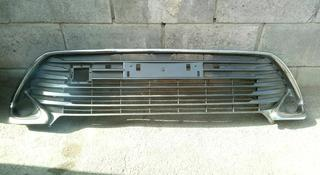 Решетка бампера на Камри 55 за 1 111 тг. в Алматы