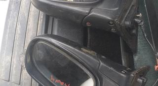 Боковое зеркало на Toyota RAV4 за 150 тг. в Алматы