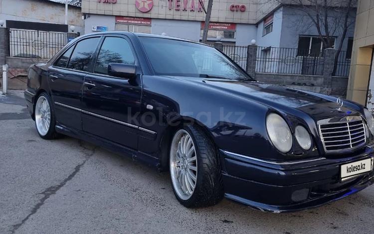 Mercedes-Benz E 55 AMG 1998 года за 3 700 000 тг. в Алматы
