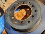 LandCruiser Prado 150 (2020) Оригинальные тормозные диски за 99 000 тг. в Алматы – фото 5