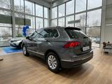 Volkswagen Tiguan Respect (2WD) 2021 года за 13 295 000 тг. в Шымкент – фото 5