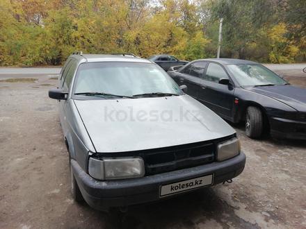 Volkswagen Passat 1990 года за 800 000 тг. в Семей