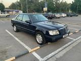 Mercedes-Benz E 300 1994 года за 1 600 000 тг. в Алматы