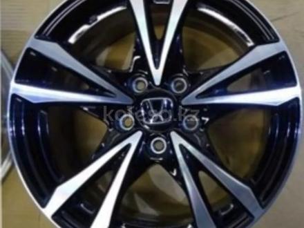 Диски оригинальные из Японии. Honda j6.5 ET45 за 200 000 тг. в Алматы