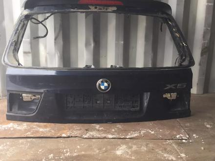 Крышка багажника BMW X5 E70 за 50 000 тг. в Костанай – фото 2