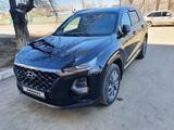 Hyundai Santa Fe 2019 года за 14 500 000 тг. в Актобе – фото 2