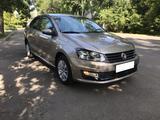 Volkswagen Polo 2020 года за 6 890 000 тг. в Алматы