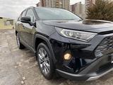 Toyota RAV 4 2020 года за 17 200 000 тг. в Алматы – фото 3