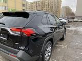Toyota RAV 4 2020 года за 17 200 000 тг. в Алматы – фото 4