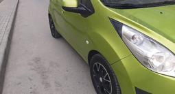Chevrolet Spark 2013 года за 2 950 000 тг. в Шымкент – фото 2