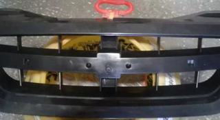 Решетка радиатора за 3 000 тг. в Алматы