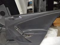 Обшивка задней правой двери на Volkswagen Passat b6 за 10 000 тг. в Алматы