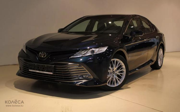 Toyota Camry 2020 года за 14 360 000 тг. в Алматы