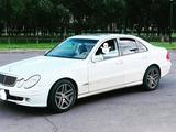 Mercedes-Benz E 240 2004 года за 3 800 000 тг. в Нур-Султан (Астана)