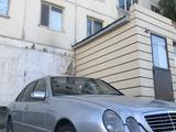 Mercedes-Benz E 200 2001 года за 3 200 000 тг. в Кызылорда – фото 2