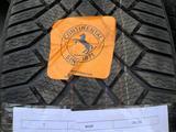 Шины с дисками, шины Continental, диск от Porsche за 360 000 тг. в Алматы – фото 2