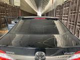 Козырёк на заднее стекло со стопом Camry-50 за 20 000 тг. в Кокшетау – фото 3