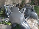 Задние крылья rav4 30 за 505 тг. в Алматы – фото 3