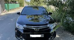 Toyota Camry 2015 года за 10 700 000 тг. в Тараз