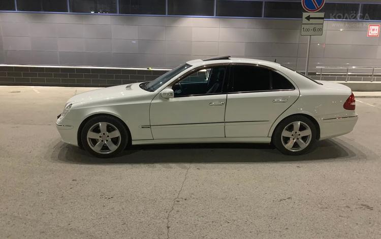 Mercedes-Benz E 500 2004 года за 3 500 000 тг. в Караганда