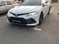 Toyota Camry 2021 года за 20 100 000 тг. в Алматы