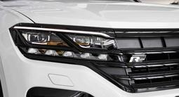 Volkswagen Touareg Exclusive R-line BS 2021 года за 37 570 000 тг. в Нур-Султан (Астана) – фото 4