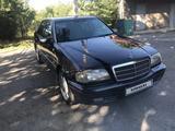 Mercedes-Benz C 220 1996 года за 2 650 000 тг. в Шымкент – фото 4