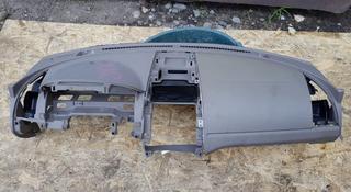 Передняя панель (торпеда) с аэрбэгом серая за 35 000 тг. в Алматы