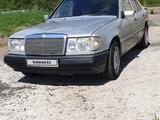 Mercedes-Benz E 260 1990 года за 1 350 000 тг. в Караганда – фото 4