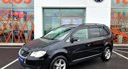 Volkswagen Touran 2010 года за 5 590 000 тг. в Нур-Султан (Астана) – фото 2
