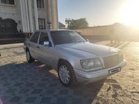 Mercedes-Benz E 220 1994 года за 2 200 000 тг. в Туркестан