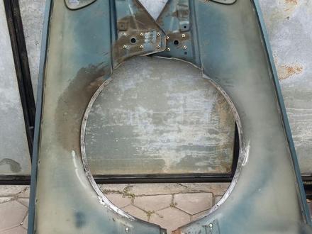 Крылья на Ауди 100 с4 за 45 000 тг. в Алматы – фото 2