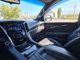 Cadillac Escalade 2019 года за 42 000 000 тг. в Алматы – фото 4