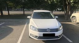 Volkswagen Passat 2011 года за 5 100 000 тг. в Алматы – фото 2